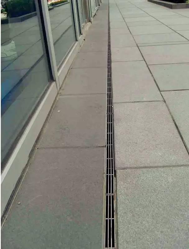 缝隙式排水沟(三缝)