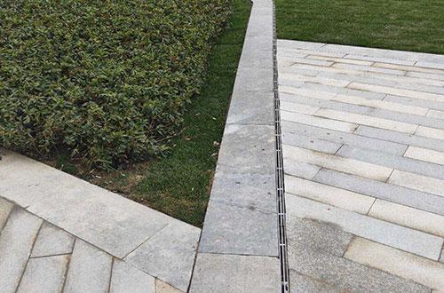 缝隙式线性排水沟